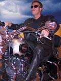 Een foto van de lookalike van Arnold Schwarzenegger