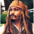 Een foto van de lookalike en imitator vanJack Sparrow