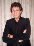 Een foto van de lookalike van Robert ten Brink